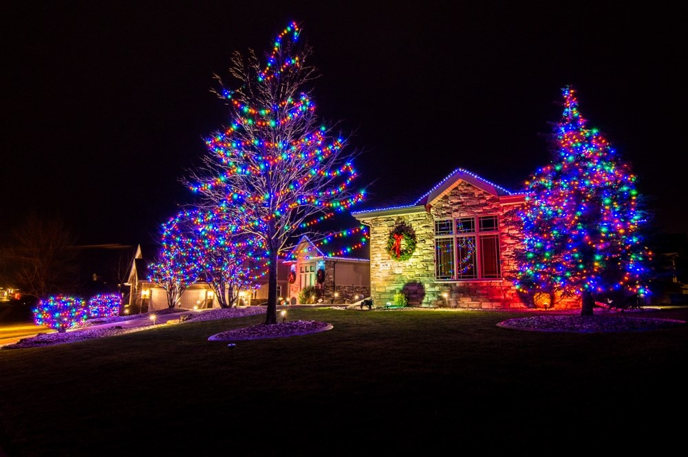 Shine in our & holiday | 2016 HOLIDAY LIGHTS CONTEST | | host.madison.com azcodes.com